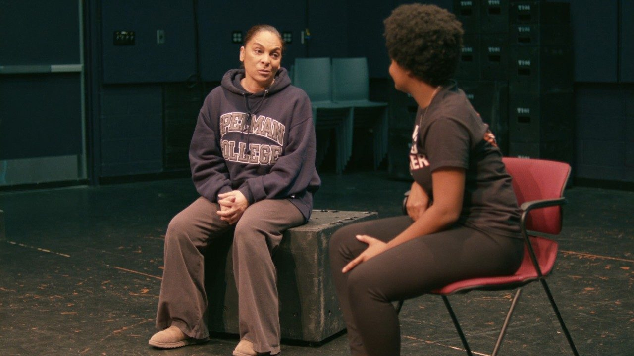 Virginia Tech students get real-world insight from actress Jasmine Guy